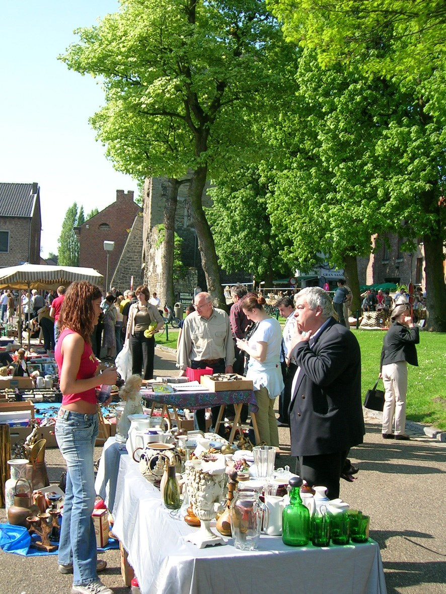 Antiekmarkt 1